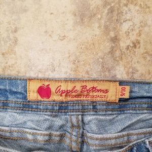 Apple Bottoms Pants & Jumpsuits - Apple Bottom Like New Capri Pant Jeans Like Great!
